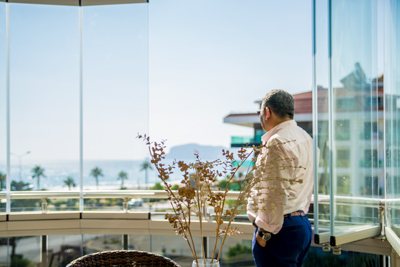 Безрамное остекление балкона Albert Genau Аланья